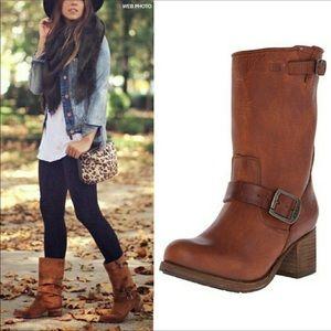 Frye Vera short cognac boots